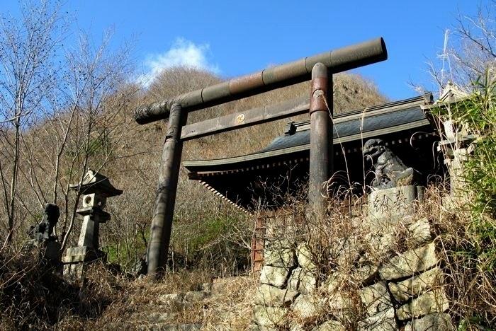 japan-ghost-towns-2.jpg